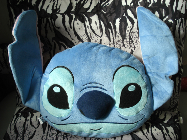 Cute Lilo Stitch 626 Soft Stuffed Plush Cushion Toy Doll Stitch Angel Two Sides Pillow Girl Friend Children Birthday Gift cute 1pair 33cm funny stitch lovely plush car soft headrest vehicle bone rest neck pillow stuffed toy