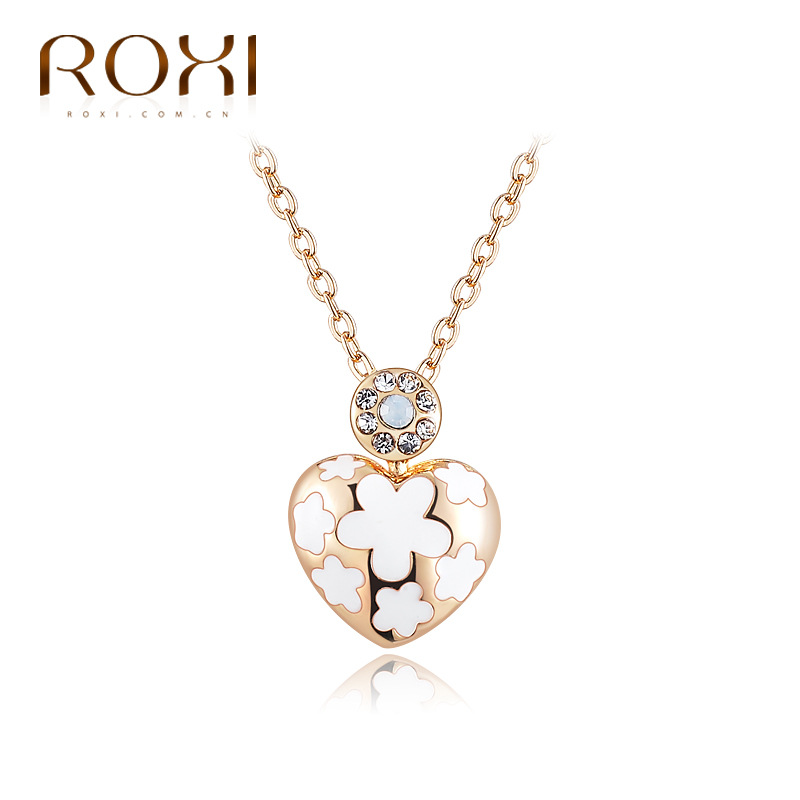 Wholesale manufacturers rose gold white heart-shaped Necklace Pendant Necklace exquisite high-end female crown