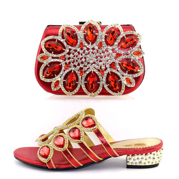 2019 bolsa de zapatos de alta calidad en color rojo zapatillas de diamantes de imitación grandes zapatos de señora con bolso de mano zapatos italianos y bolso SB8357-4
