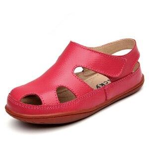 Image 5 - Sandalias antideslizantes de cuero genuino para niños y niñas, zapatos deportivos informales, cómodos, para la playa, para verano, 2020