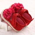 2016 Primavera Rojo Mary Jane Flor Bebés Ganchillo Hecho Punto Bebé zapatos de Las Muchachas Mocasines Scarpe Neonata Zapatos Para El Cumpleaños Del Bebé Suela Blanda