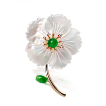 JUJIE Natural Shell Flower Brooches For Women 2017 Fashion Green Inlay Rhinestone Brooch For Wedding Bouquets Pins Brand Jewelry