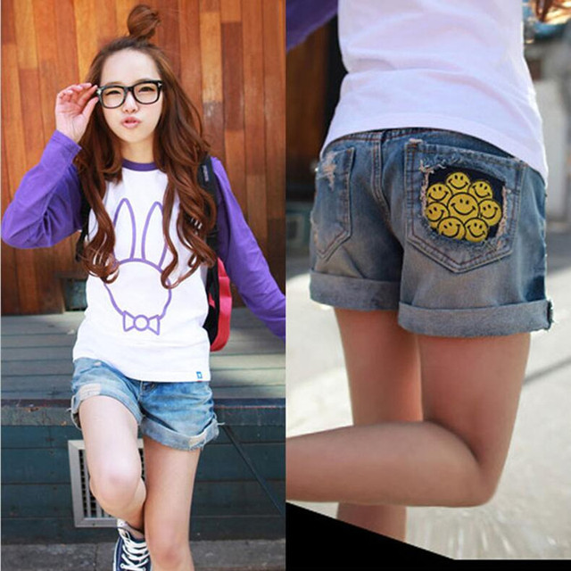 2016 women shorts personality casual hole smiley design female jeans shorts low waist denim shorts for girls summer style