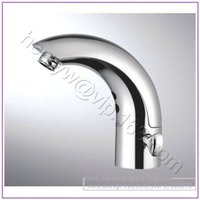 X7142B1 Luxury Deck Mounted Chrome Finish Brass Material Hot & Cold Water of Automatic Sensor Tap