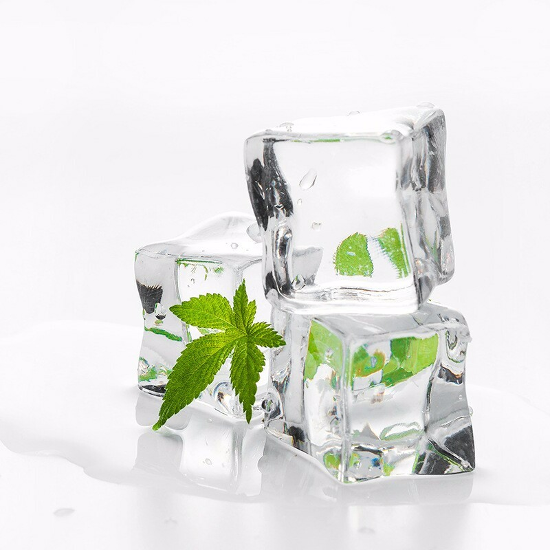 WHISM 5pcs Artificial Fake Ice Cube Transparent Square Acrylic Synthetic Ice Cube Acrylic Plastic Ice Cube