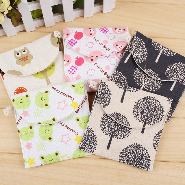 1 Ps Brief Cute Animals Bear Frog Tree Design Earphone Coin Data Line Sanitary Towel Home Office Drawer Organizers Storage Bag