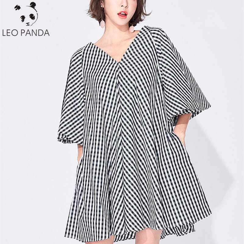 2019 New Wide Summer Dresses Women Loose Plus Size Casual Thin Plaid Flare Sleeve V Neck Boutique Female A-Line Lady Dress HD111
