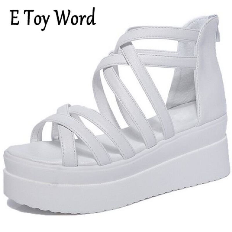 цена на Students in the summer of 2018 platform sandals women flat flat with thick bottom Bohemia contracted white comfortable shoes