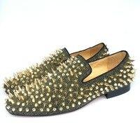 Новая мода Для мужчин вечерние и туфли для выпускного вечера кожа Лоферы для женщин с золотыми шипами Шлёпанцы для женщин Мужская обувь на п