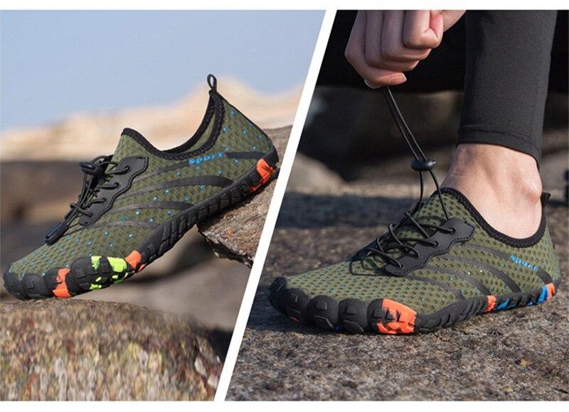 Novo verão dos homens sapatos de água