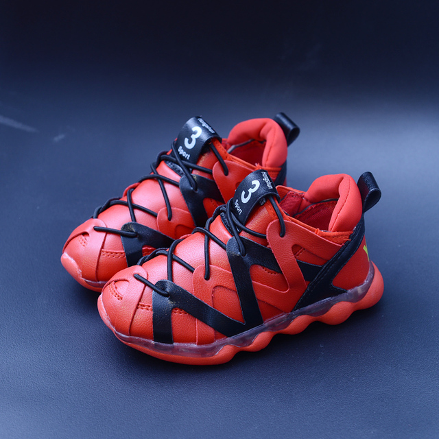 Kids Sneakers 2016 New Children Sport Shoes High Quality PU Running Shoes More Soft Light Girls Boys Hiking Shoes Football Boots