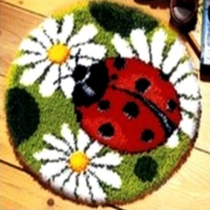 DIY Needlework Unfinished Merajut Benang Karpet Bantal Tikar Ladybird Flowers Bordir karpet