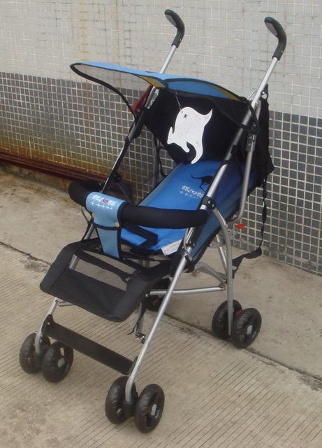 2017 Cochecito de Bebé de Cuatro ruedas de Los Niños Portables Doblado en Dos Direcciones se Puede Plegar Carros Cochecito de Bebé YD135LM