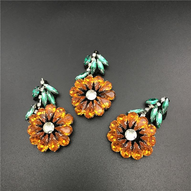 6 stück 6x3,5 cm Kristall Perlen Sonnenblume Patch 3d Applique - Kunst, Handwerk und Nähen
