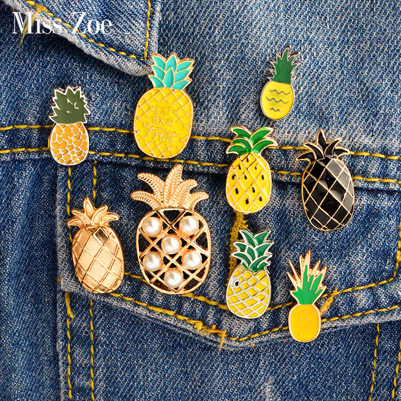 Cartoon Pineapple Enamel pin Brooch Yellow gold black pineapple Eat fruit Denim Jacket Lapel Pin Coat badge Fashion Jewelry