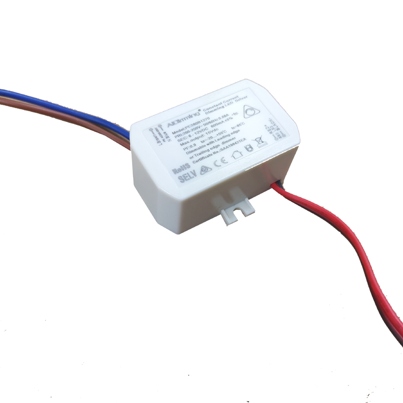 8.4W Smooth Dimming Dimmable Driver High Performance Compact Constant Current Power Supply For LED Light 6-12V 500mA 600mA 700mA