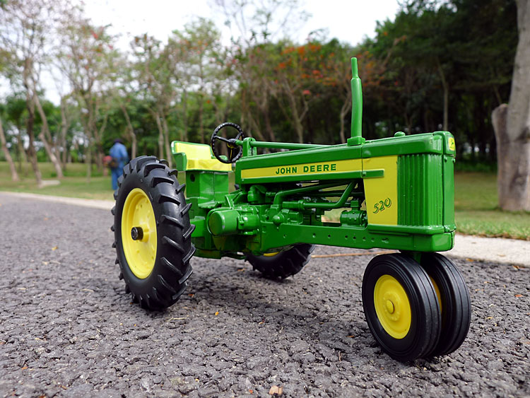 KNL HOBBY J Deere 520 Vintage Tractor Farm alloy car models US Security Act ERTL 1:16 gifts 1 32 ros fiatagri g240 tractor models alloy car models favorites model