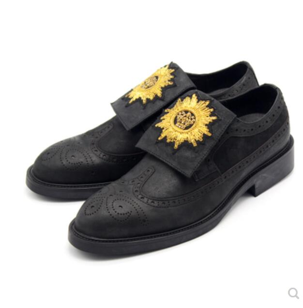 Goodyear d'été Vache Hommes Derby Chaussures Or Strass Daim Huile cire En Cuir Richelieu Sculpté Hommes Chaussures de Plat talon Glissement sur printemps
