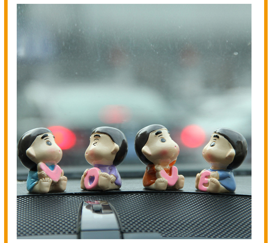 4pcsLot Car Ornament Resin LOVE Doll Furnishings Automobiles Interior Decoration Figurine Cute Auto Trim Accessories Gifts (5)