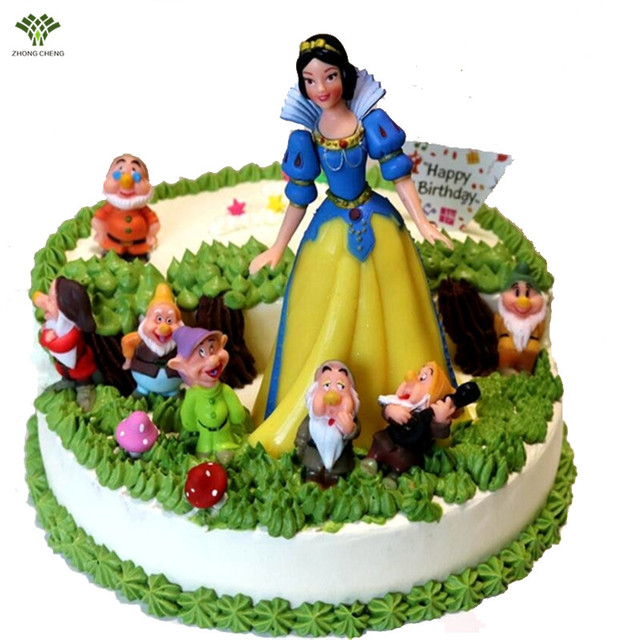 Snow White And The Seven Dwarfs Birthday Cake