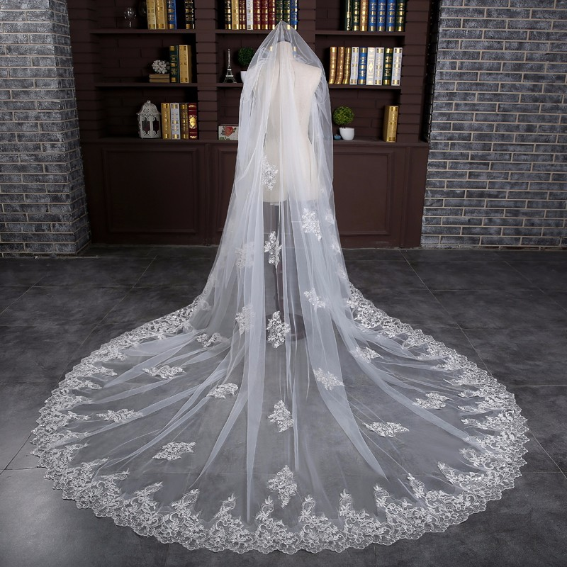 Romantic Luxury New 3 Meters White/Ivory Sequined Lace Mantilla Cathedral Wedding Veil Bridal Veil Long Comb Wedding Accessories