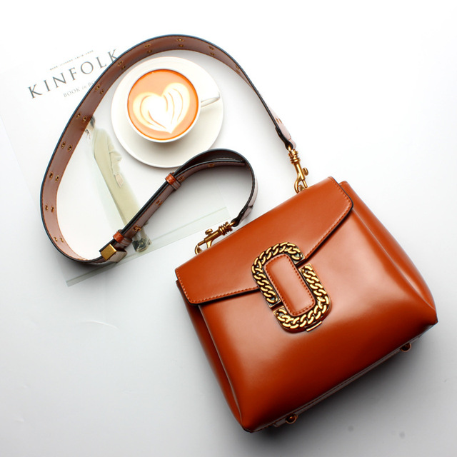 MIWIND 2017 New Women Leather Messenger Bags Wide Shoulder Strap Motorcycle Bag Portable Small Square Bag Fashion Punk Style