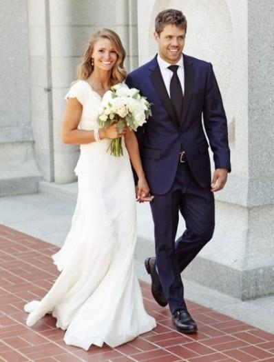 Navy Blue Grooms Tuxedos Black Notched Lapel Wedding Suits For Men ...