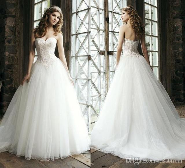 Sweetheart Button Wedding Dress