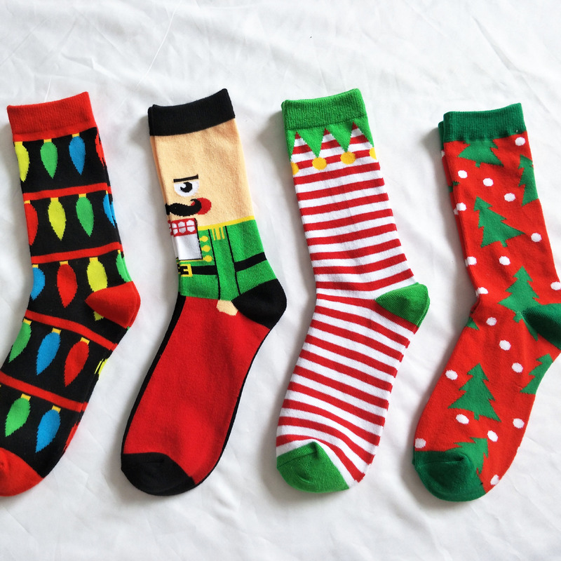 2018 Be Riotous with Colour New Pattern Christmas Series Pure Cotton In Personality Cartoon Man Happy Male Socks