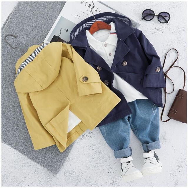 Conjunto de 3 Piezas - Abrigo, Camiseta y Vaqueros (6 Meses - 3 Años )