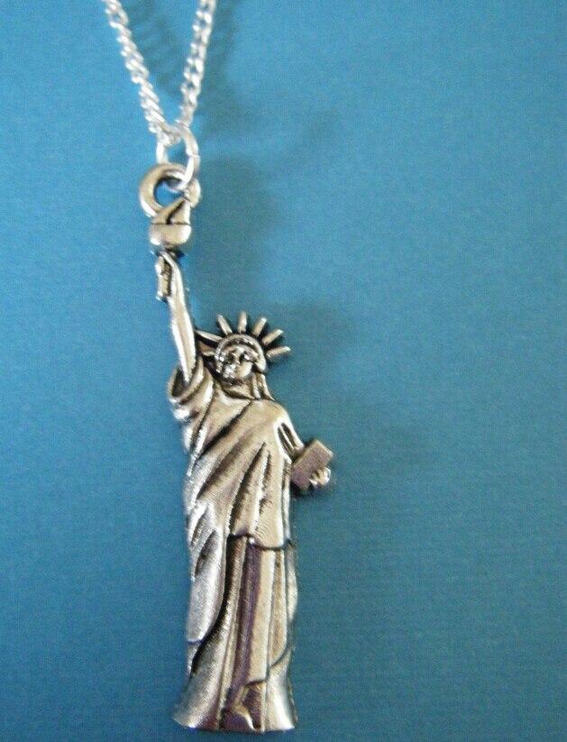 d87efa643067c خمر الفضة تمثال الحرية سحر سلسلة قلادة المعلقات بيان المختنق قلادة للنساء  مجوهرات الساخن Q1011