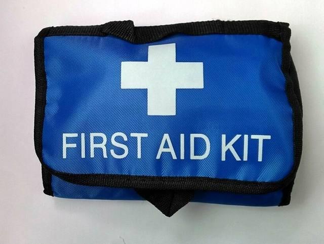 38 unidades/pacote de Segurança Portátil de primeiros socorros saco de carro para casa de viagem ao ar livre saco médico Mini auto kit de emergência caixa de sobrevivência de campismo FAK-A03