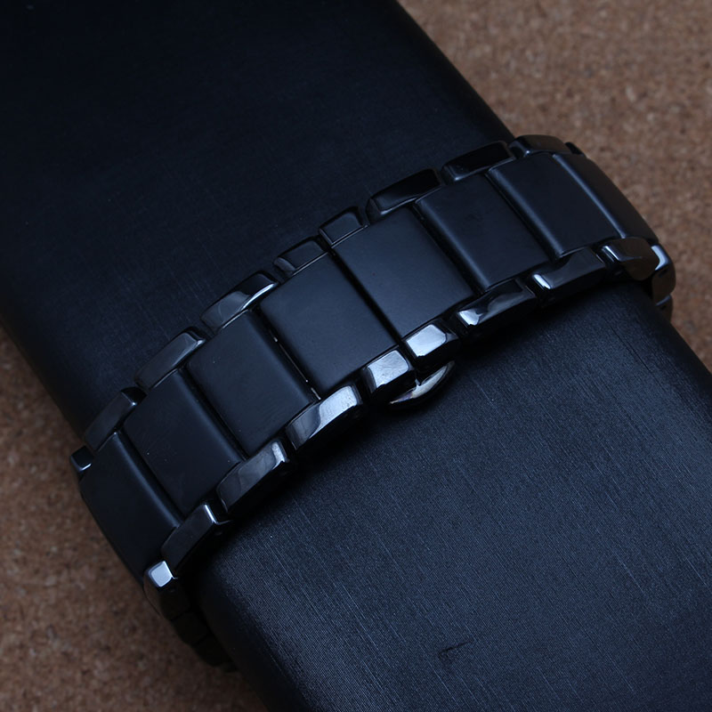 Black Ceramic Watchbands For Special Curved End Watches Men case aR 1452 high quality black buckle fashion watch strap bracelets black silicone rubber watchband curved end for special watches sport style watch strap 22mm for replacement bracelets promotion