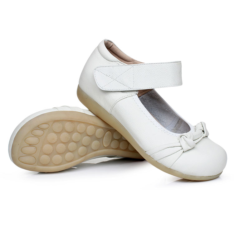 Womens Ladies Flats Leather Shoes Nurse Work Casual Round Toe Shoe Size 34 41 White S37 in Women 39 s Flats from Shoes