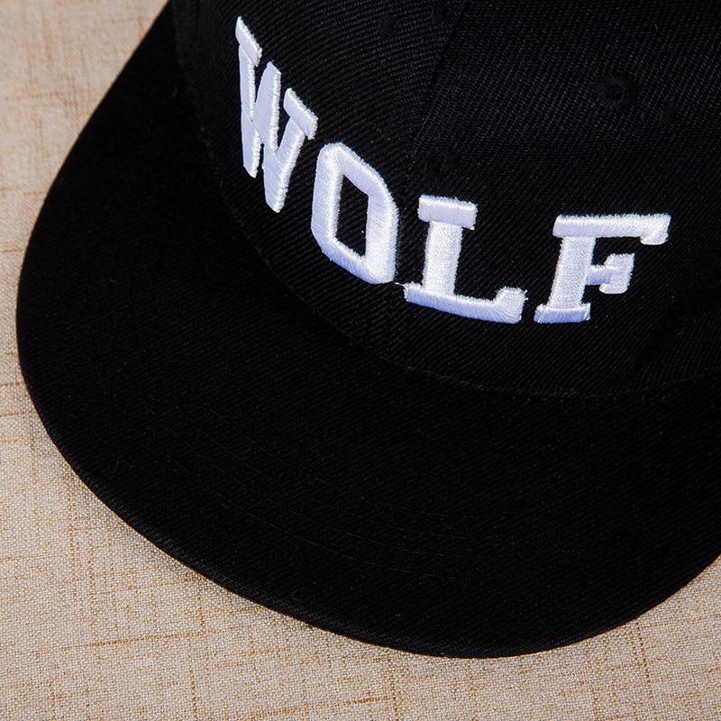 Composite Bats Fashion Spring Cotton Cap Women Hat Cap Men Casual black Cap Letter WOLF Baseball Cap Snapback Hats For Female Dad Hat Hip Hop