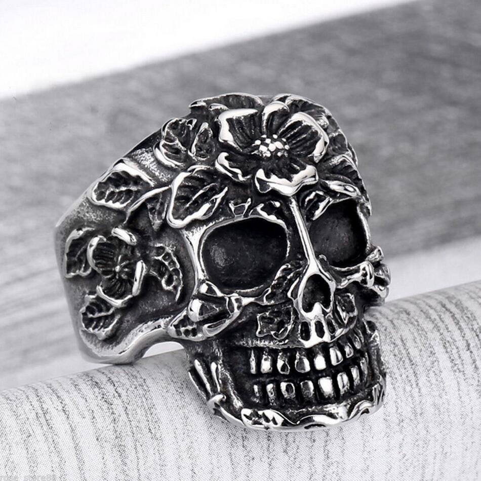 Hete mode heren zilveren roestvrij staal gotische punk stijl ring charme schedel ring cadeau