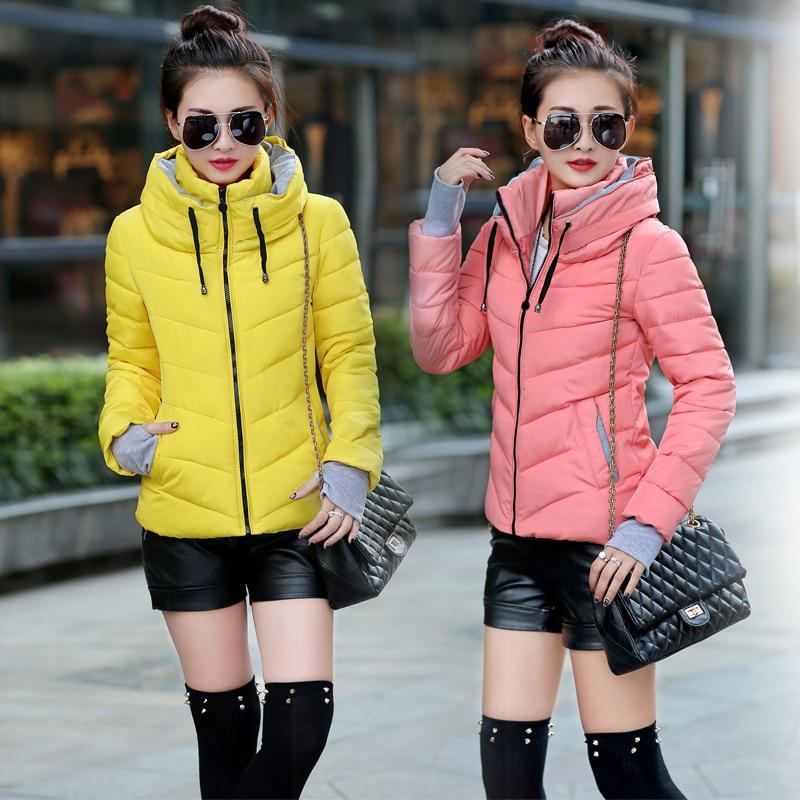 dámský bavlněný kabát s krátkou kapucí verze zimní lehké peří tenké sametové rukavice bavlněné silné Tenká tenká bunda