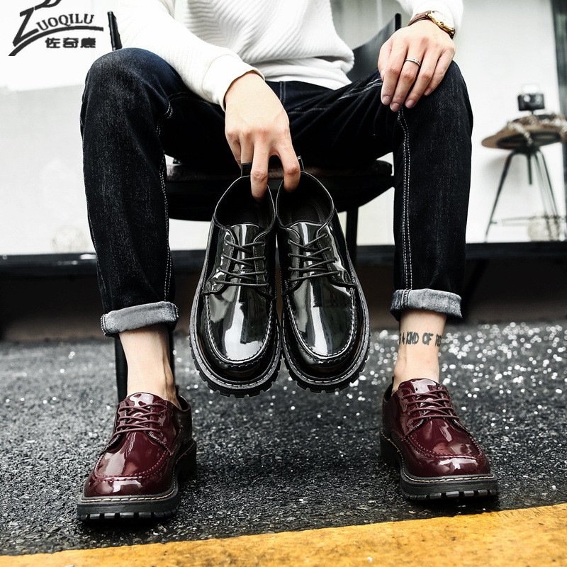 2018 High-Quality Men Shoes Patent Leather Men Business Flats Casual Lace-Up Bullock Oxfords Shoes Man men s genuine leather fashion casual lace up flats shoes party wedding shoe for men business bv oxfords shoes free shipping