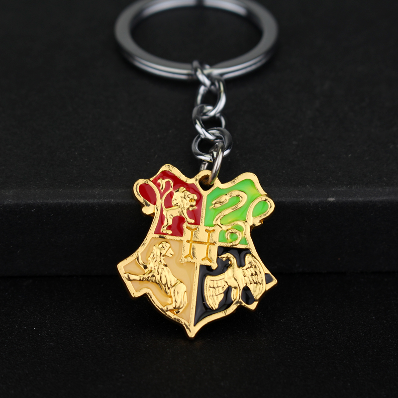 Movie Accessory Magic Fashion Accessories Hogwarts School Badge H Mark Keyring Fashion Jewelry Silver Pendant Wholesale Retail