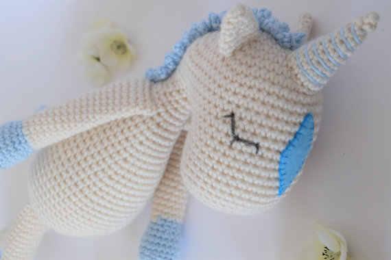SONAJERO UNICORNIO DE CROCHET | Patrones amigurumi, Patrones bebé ... | 380x570