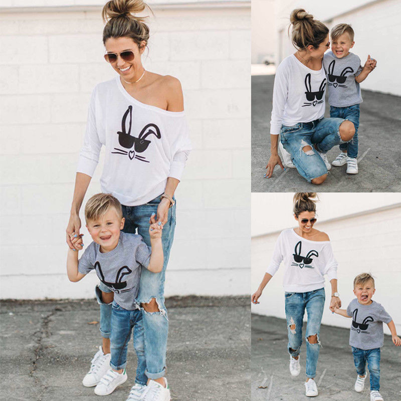 2017 Neue Marke Mutter Kleinkind Baby Kinder Mädchen Jungen Familie Passenden T-shirt Tops Casual Outfits Rabit Gedruckt Kleidung