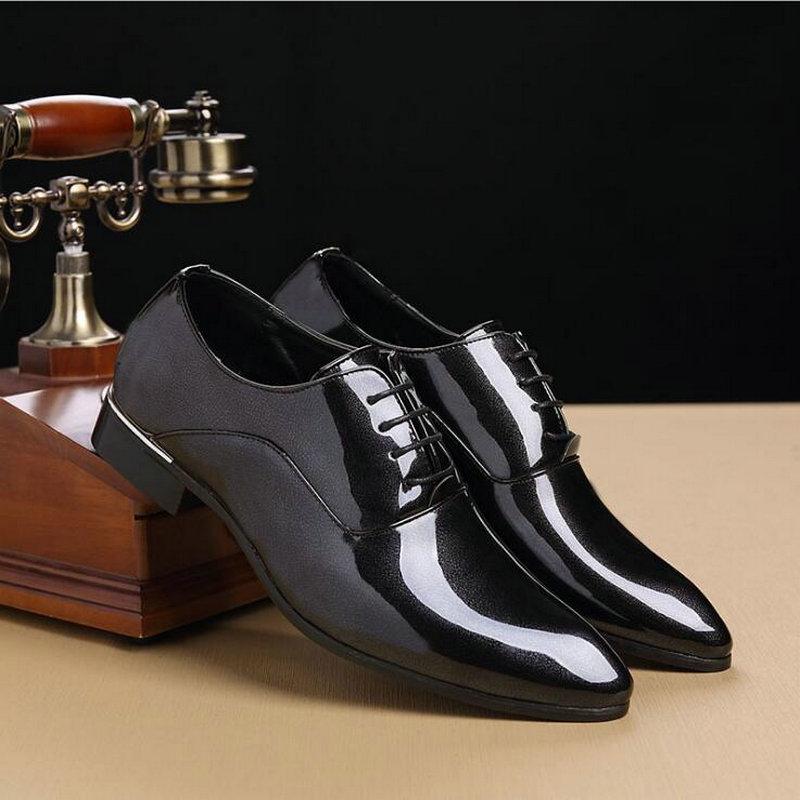 Hommes Verni 49 Mariage Robe Haute Cuir Oo rouge Pointu De Marque Formelle Designer Luxe Richelieus Noir Chaussures Qualité D'affaires En Homme 6U6wv