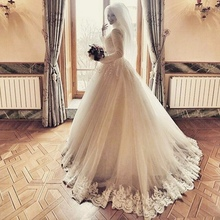 Luxury Lace Long Sleeves Muslim Hijab Wedding Dress 2017 lace applique islamic Bridal Gowns vestido de noiva