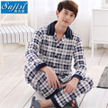 Men's casual wear in spring, autumn new long sleeve lapel classic printed cotton button unlined upper garment of man's pajamas