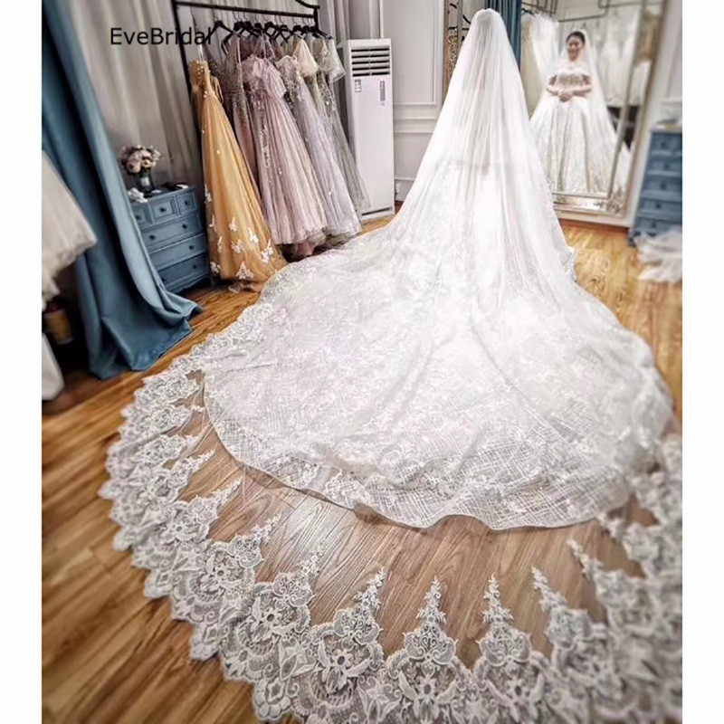 Купить с кэшбэком 3 Meters White and Ivory Lace Cathedral Length Applique Edge Wedding Bridal Veil with Comb