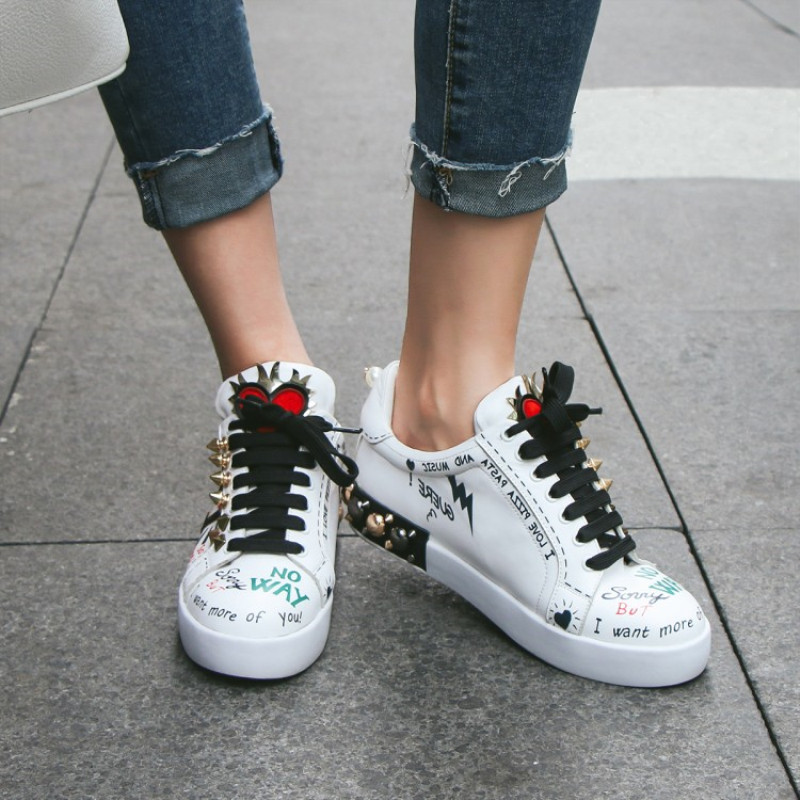 Letters Graffiti Women Sneakers Rivets Pearls Stud Decor Luxury Design Tennis Shoes Genuine Leather Plus Size Woman Casual ShoesLetters Graffiti Women Sneakers Rivets Pearls Stud Decor Luxury Design Tennis Shoes Genuine Leather Plus Size Woman Casual Shoes