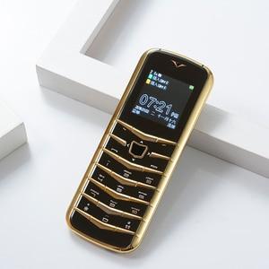 Image 4 - נעילה V03 בר יוקרה Bluetooth חיוג מתכת גוף עור בכיר Dual sim טלפון נייד סופר אות GSM בר רוסית דק ישן טלפון