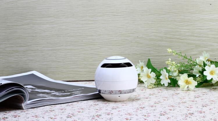 Bluetooth zvočnik Brezžični ročno klicanje FM TF kartice - Prenosni avdio in video - Fotografija 6