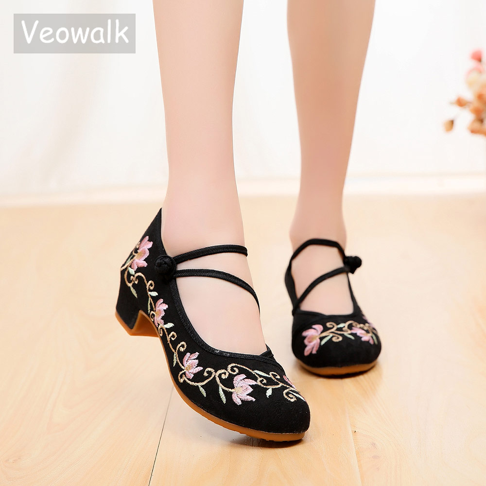 Veowalk Triangle Strap Women 4CM Medium High Heels Ladies Canvas Embroidered Block Heels Pumps Womens Comfort Old Beijing Shoes