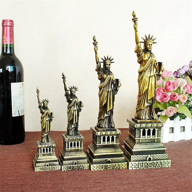 Retro Metal Statue of Liberty Decorative Figurine